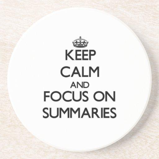 Guarde la calma y el foco en los resúmenes posavasos personalizados