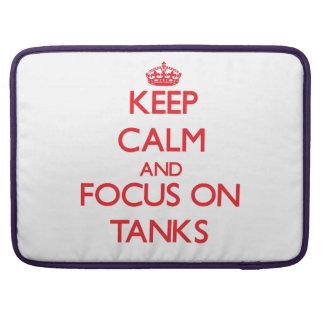 Guarde la calma y el foco en los tanques fundas para macbooks