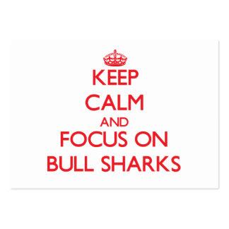 Guarde la calma y el foco en los tiburones de Bull Tarjetas De Visita Grandes