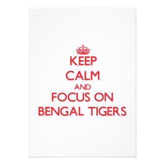 Guarde la calma y el foco en los tigres de Bengala