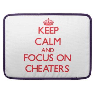 Guarde la calma y el foco en los tramposos fundas para macbooks