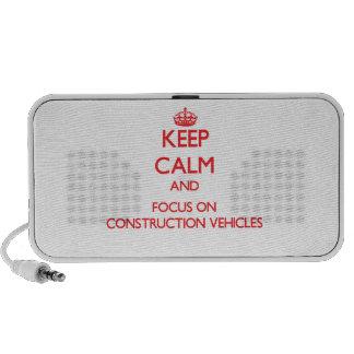 Guarde la calma y el foco en los vehículos de la c laptop altavoces