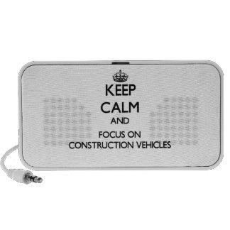 Guarde la calma y el foco en los vehículos de la c notebook altavoces