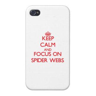 Guarde la calma y el foco en los Web de araña iPhone 4 Carcasas