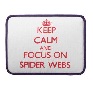 Guarde la calma y el foco en los Web de araña Funda Para Macbooks