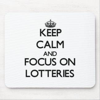 Guarde la calma y el foco en loterías alfombrillas de ratón