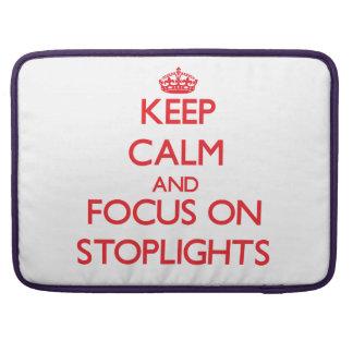Guarde la calma y el foco en luces de parada funda para macbooks
