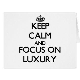 Guarde la calma y el foco en lujo tarjeta de felicitación grande