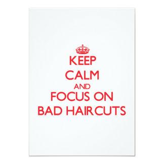 """Guarde la calma y el foco en malos cortes de pelo invitación 5"""" x 7"""""""