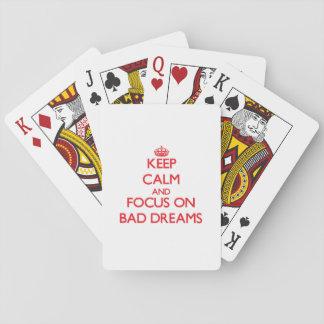 Guarde la calma y el foco en malos sueños cartas de juego