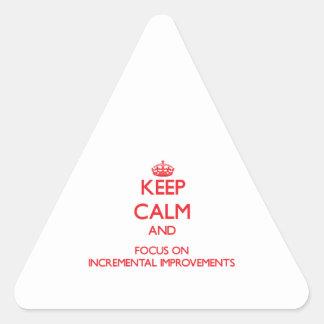 Guarde la calma y el foco en mejoras ampliadas calcomanías de triangulos personalizadas