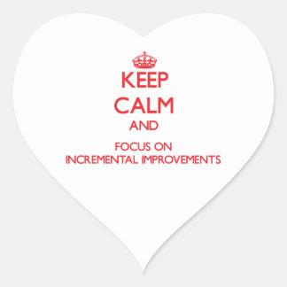 Guarde la calma y el foco en mejoras ampliadas calcomanía corazón