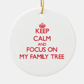 Guarde la calma y el foco en mi árbol de familia adornos de navidad