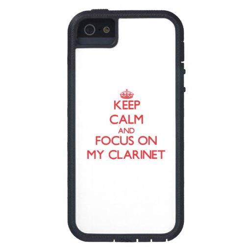 Guarde la calma y el foco en mi Clarinet iPhone 5 Protector