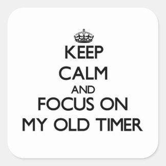 Guarde la calma y el foco en mi contador de tiempo colcomanias cuadradas