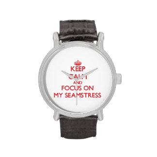 Guarde la calma y el foco en mi costurera relojes de mano
