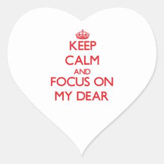 Guarde la calma y el foco en mi estimado pegatinas corazon