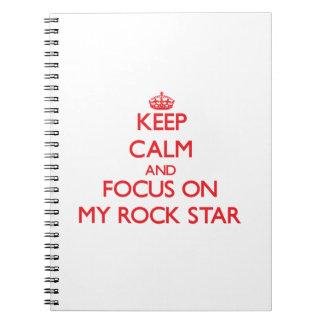 Guarde la calma y el foco en mi estrella del rock