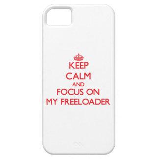 Guarde la calma y el foco en mi Freeloader iPhone 5 Case-Mate Cárcasa