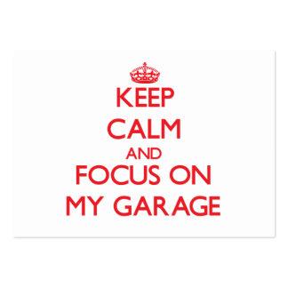Guarde la calma y el foco en mi garaje tarjetas de visita