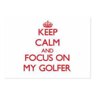 Guarde la calma y el foco en mi golfista tarjetas de visita grandes