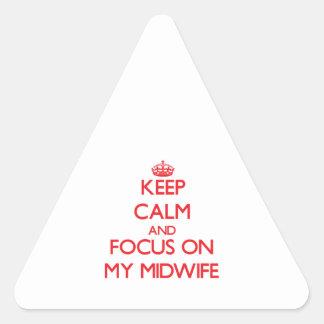 Guarde la calma y el foco en mi partera colcomanias de triangulo