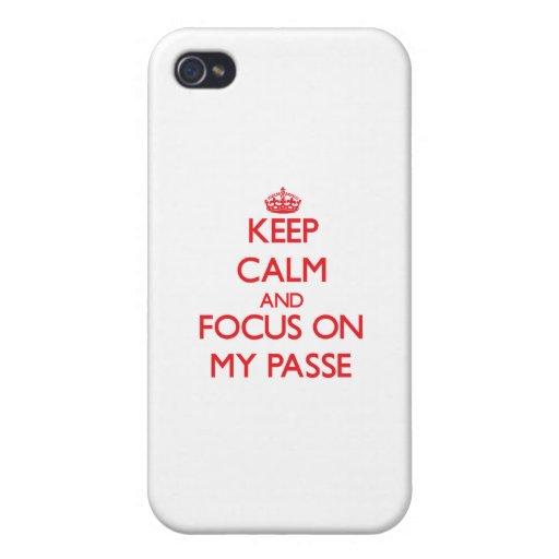 Guarde la calma y el foco en mi Passe iPhone 4/4S Carcasas