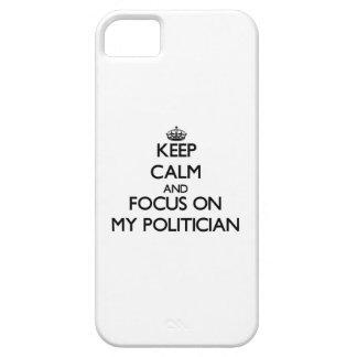 Guarde la calma y el foco en mi político iPhone 5 Case-Mate coberturas