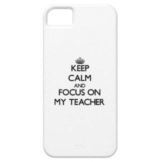 Guarde la calma y el foco en mi profesor iPhone 5 Case-Mate cobertura