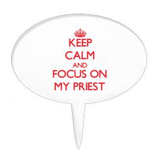 Guarde la calma y el foco en mi sacerdote