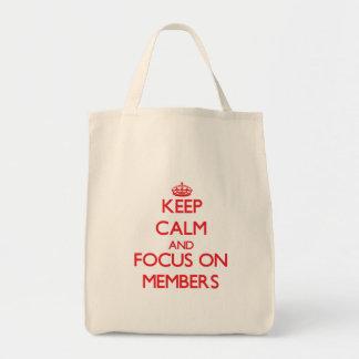 Guarde la calma y el foco en miembros bolsa tela para la compra