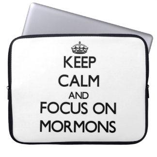 Guarde la calma y el foco en mormones funda ordendadores