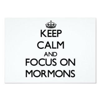 Guarde la calma y el foco en mormones invitación 12,7 x 17,8 cm
