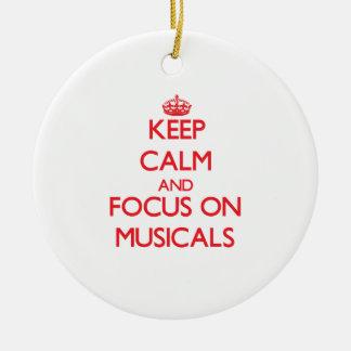 Guarde la calma y el foco en Musicals Adorno Redondo De Cerámica