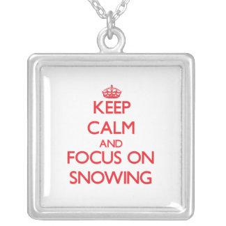 Guarde la calma y el foco en nevar joyerías