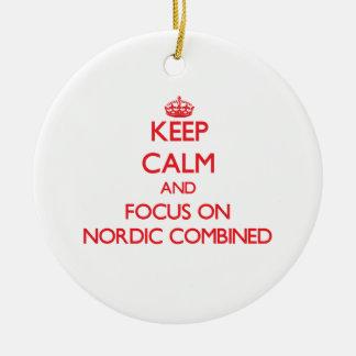 Guarde la calma y el foco en nórdico combinado adorno