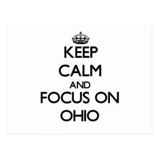 Guarde la calma y el foco en Ohio Tarjeta Postal