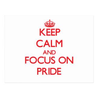 Guarde la calma y el foco en orgullo postal
