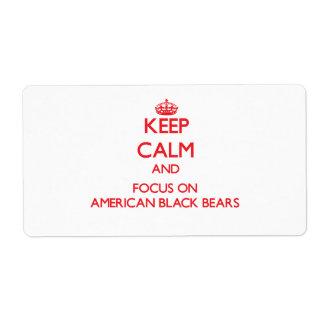 Guarde la calma y el foco en osos negros americano etiquetas de envío