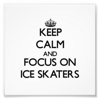 Guarde la calma y el foco en patinadores de hielo fotografia