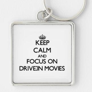 Guarde la calma y el foco en películas del autocin llaveros