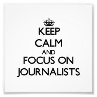 Guarde la calma y el foco en periodistas fotografia