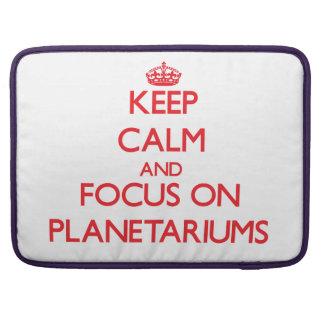 Guarde la calma y el foco en planetarios