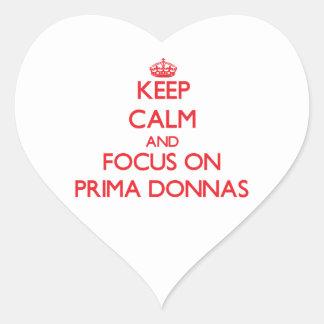 Guarde la calma y el foco en Prima Donnas Pegatina En Forma De Corazón