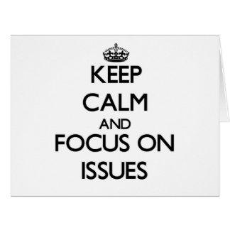 Guarde la calma y el foco en problemas tarjeta de felicitación grande