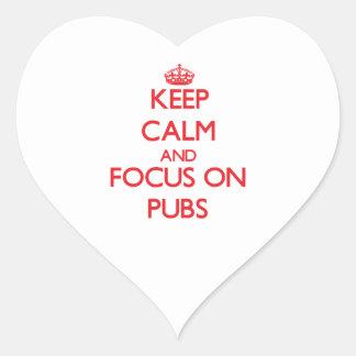 Guarde la calma y el foco en Pubs Calcomania Corazon Personalizadas