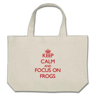 Guarde la calma y el foco en ranas