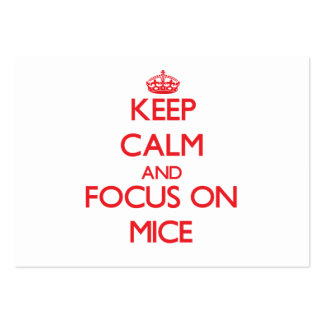Guarde la calma y el foco en ratones tarjetas de visita