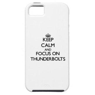 Guarde la calma y el foco en rayos iPhone 5 Case-Mate fundas