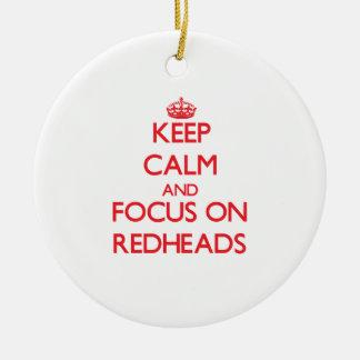 Guarde la calma y el foco en Redheads Ornaments Para Arbol De Navidad